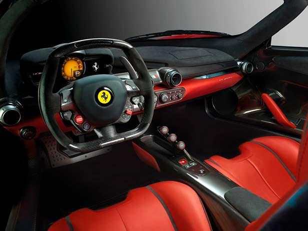 Интерьер Ferrari LaFerrari