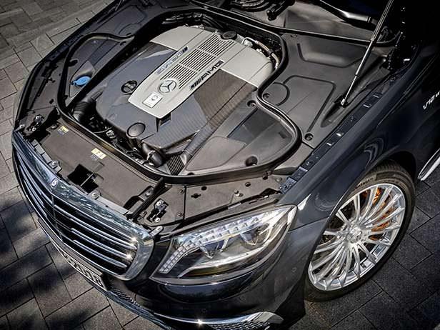 Экстремально быстрый седан Mercedes-Benz S 65 AMG (W222)