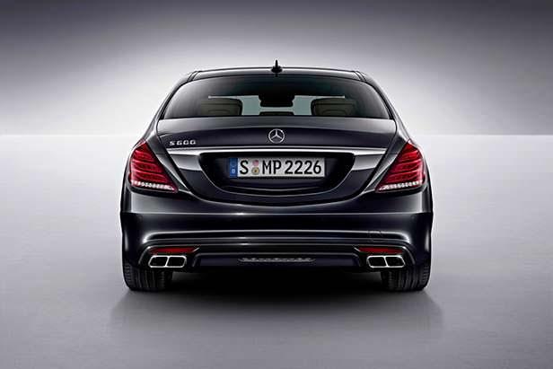 Mercedes S600 V12 мощностью 530 л.с.