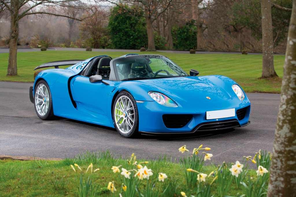 Цена Porsche 918 Spyder Weissach €1 082 300