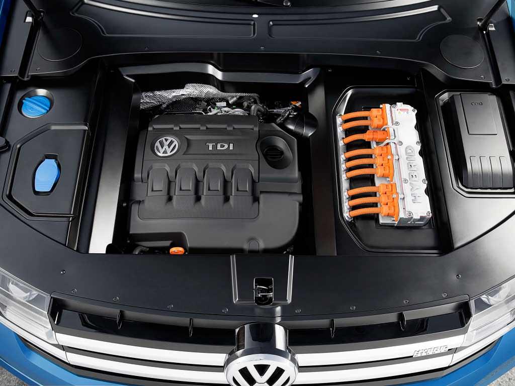 Дизель-гибрид TDI в VW CrossBlue Concept 2013 года