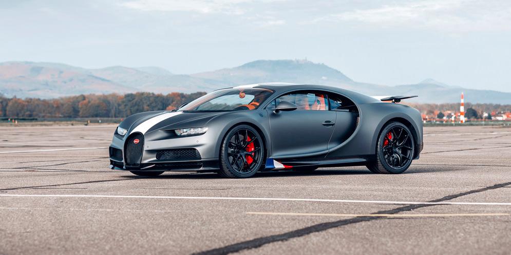 Bugatti Chiron Sport вышел в спецверсии Les Legendes Du Ciel