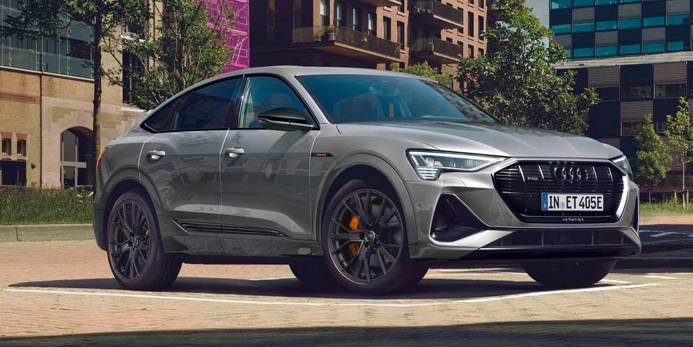 Новым Audi e-tron и Sportback добавили пакет S line Black Edition
