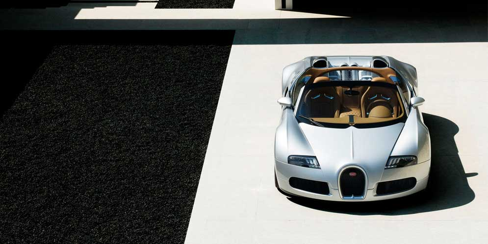 Bugatti отреставрировала прототип Veyron Grand Sport